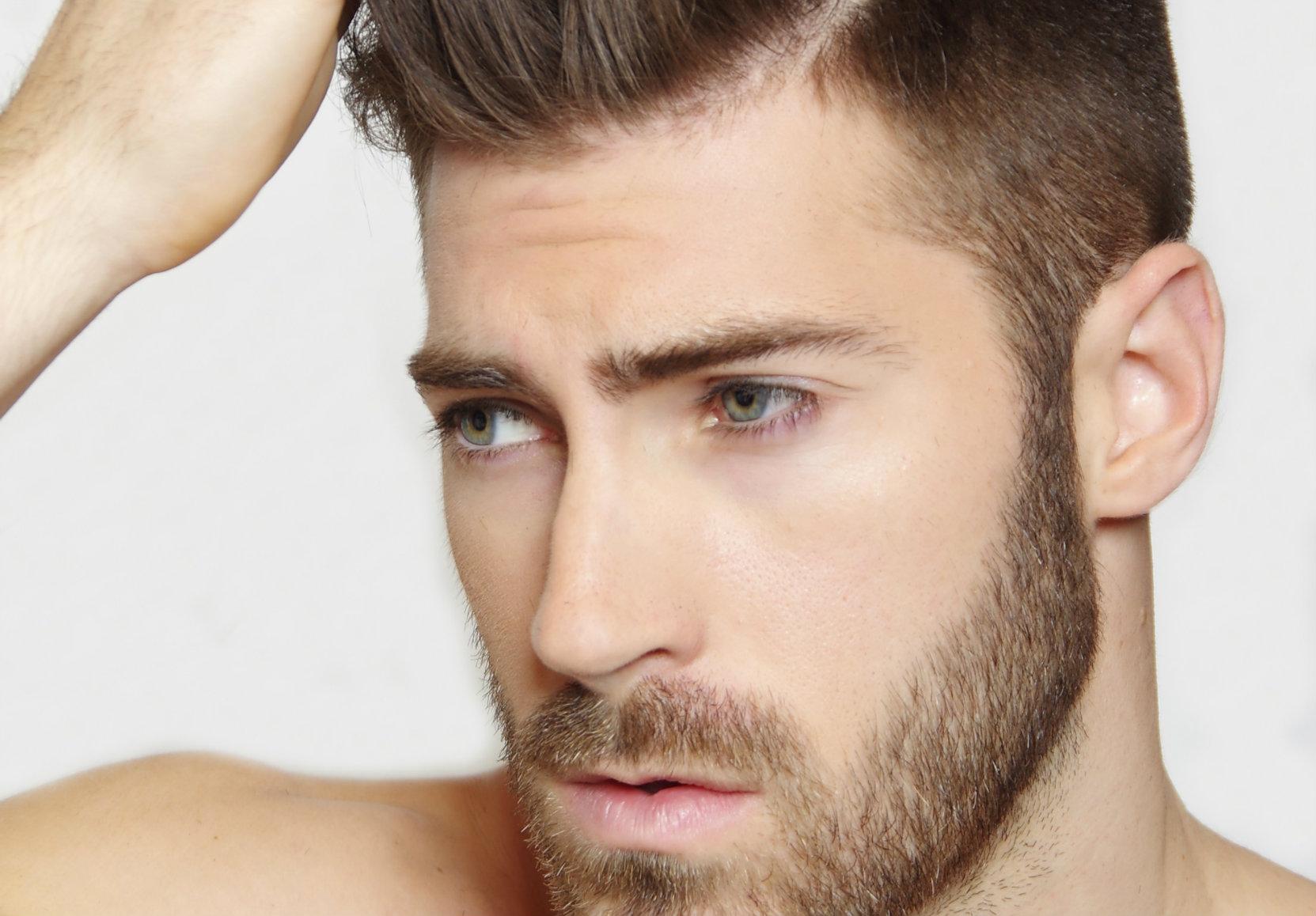 Coupe de cheveux stylé homme