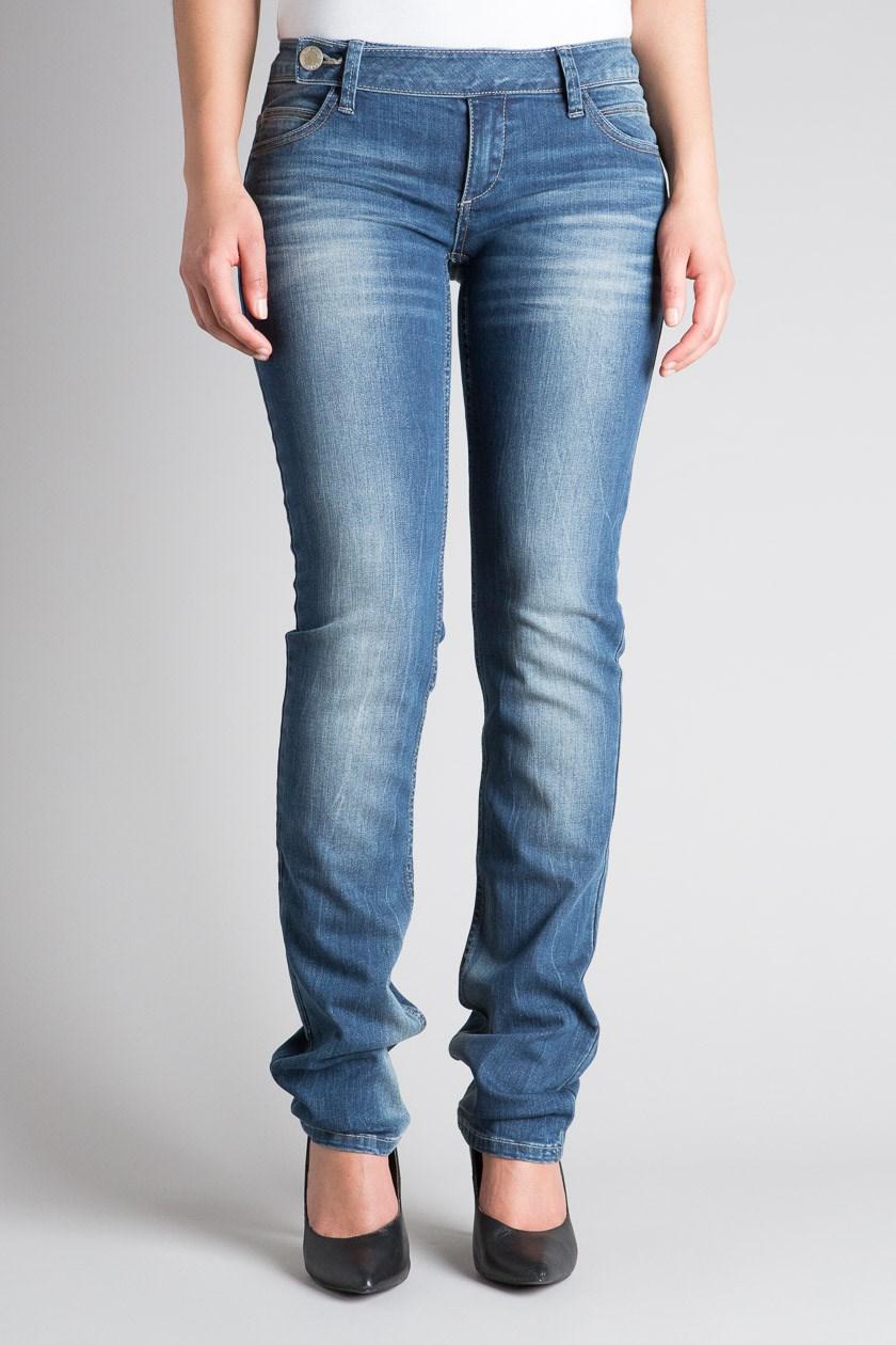 Associer les couleurs de jeans sur jean-femme.tech