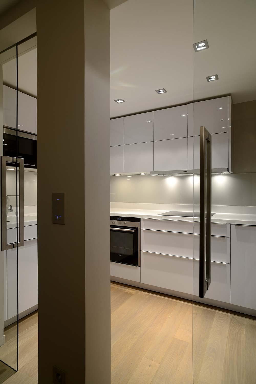 achat appartement paris le prix du m2. Black Bedroom Furniture Sets. Home Design Ideas