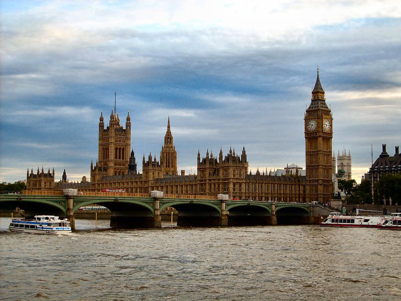 Voyage Angleterre : Pourquoi apprendre la langue dans un pays qui la pratique ?